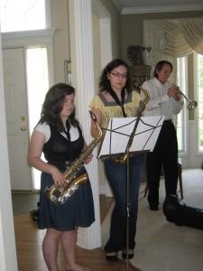 Maddie, Katie, Joey practice before brunch